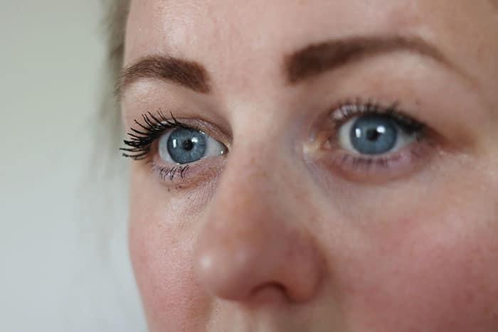 le volume de chanel mascara waterproof lashes