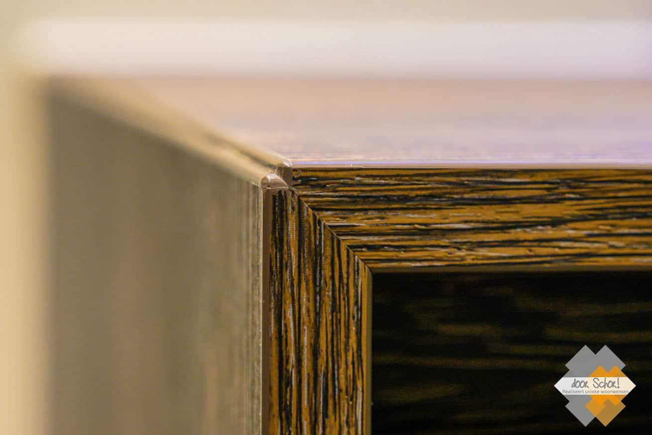 Hoge kwaliteit afwerking van een maatwerk badkamer meubel