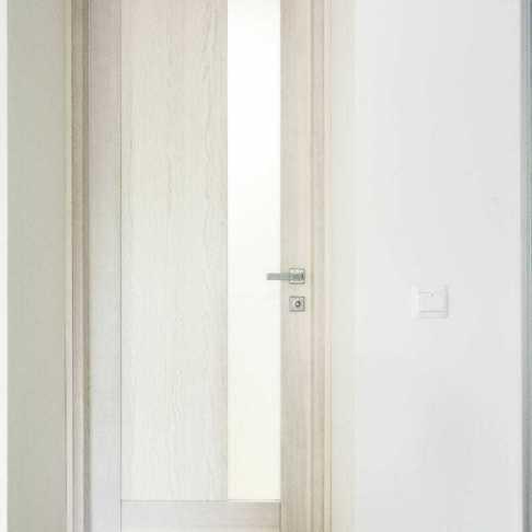 de0bf25e7ddd Дверь из ясеня цвет выбеленный дуб, объект частный дом в харьковской  области.