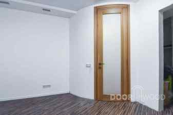 двери из ясеня с наличником