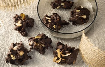 Decadent Dark Chocolate Clusters: The Perfect Holiday CannaCandy!