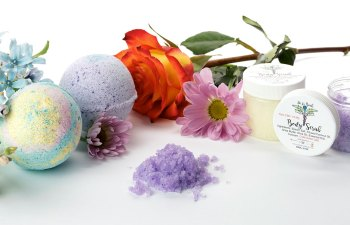 CBD Bath Bombs by De La Beuh