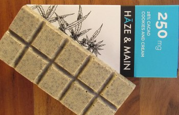 Cookies and Cream Bar by Haze & Main