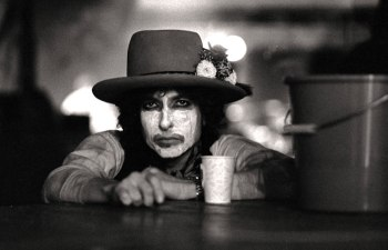 "DOPE Reviews | ""Rolling Thunder Revue: A Bob Dylan Story"""