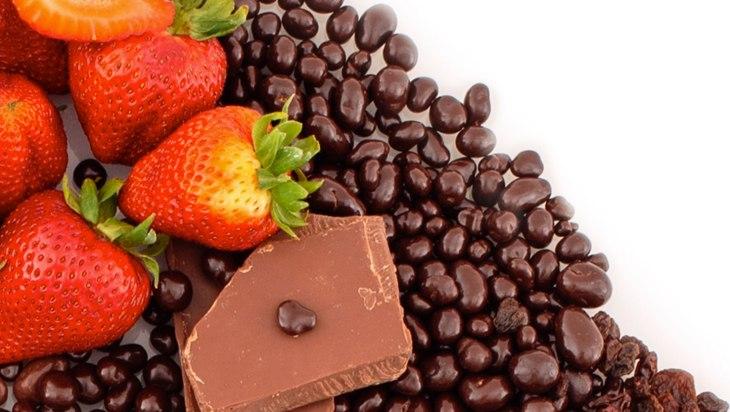 Wild Strawberries in Milk Chocolate by Satori