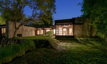 A Tour of Schindler House, Hollywood's 1920s Rule-Breaker