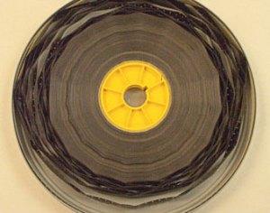 Pellicola 35mm affetta da sindrome acetica, foto da National Film Preservation Foundation