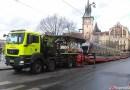 Z ARCHIVU DOPRAVÁČKA – vykolejení tramvaje na Smetanově nábřeží v Praze
