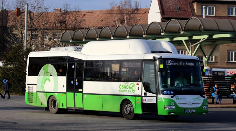 v Moravskoslezském kraji končí prázdninový provoz autobusů, vlaky zůstávají v letním režimu