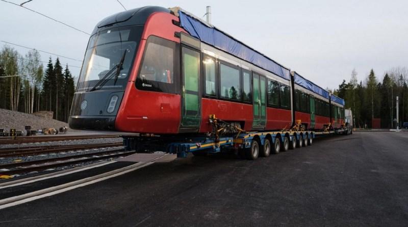 Škoda Transtech předala první obousměrnou tramvaj ForCity Smart Artic do Tampere