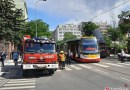OBRAZEM: Technická závada tramvaje v Praze Holešovicích