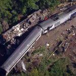Osobní vlak dopravce ScotRail vykolejil poblíž Stonehaven, 3 osoby zahynuly, 6 osob je zraněno