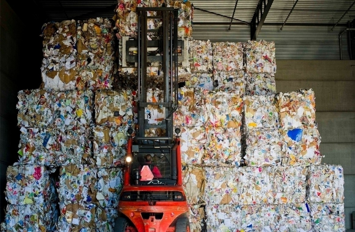 Waste-paper-recycling
