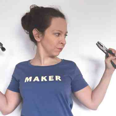 Maker Slogan T-shirt yellow on blue hammer and pliers