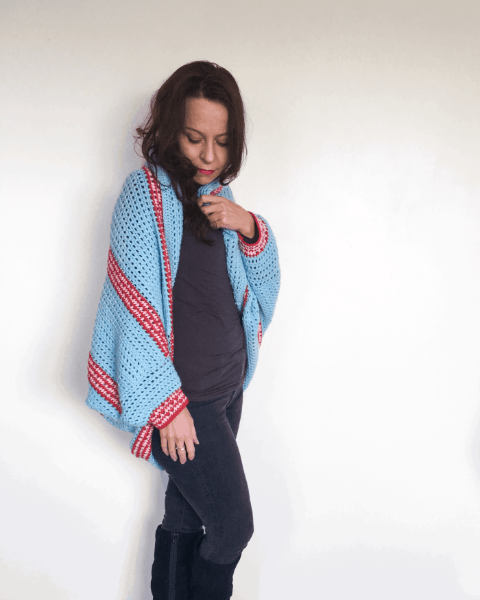 crcohet shrug turquoise red and pink stripes