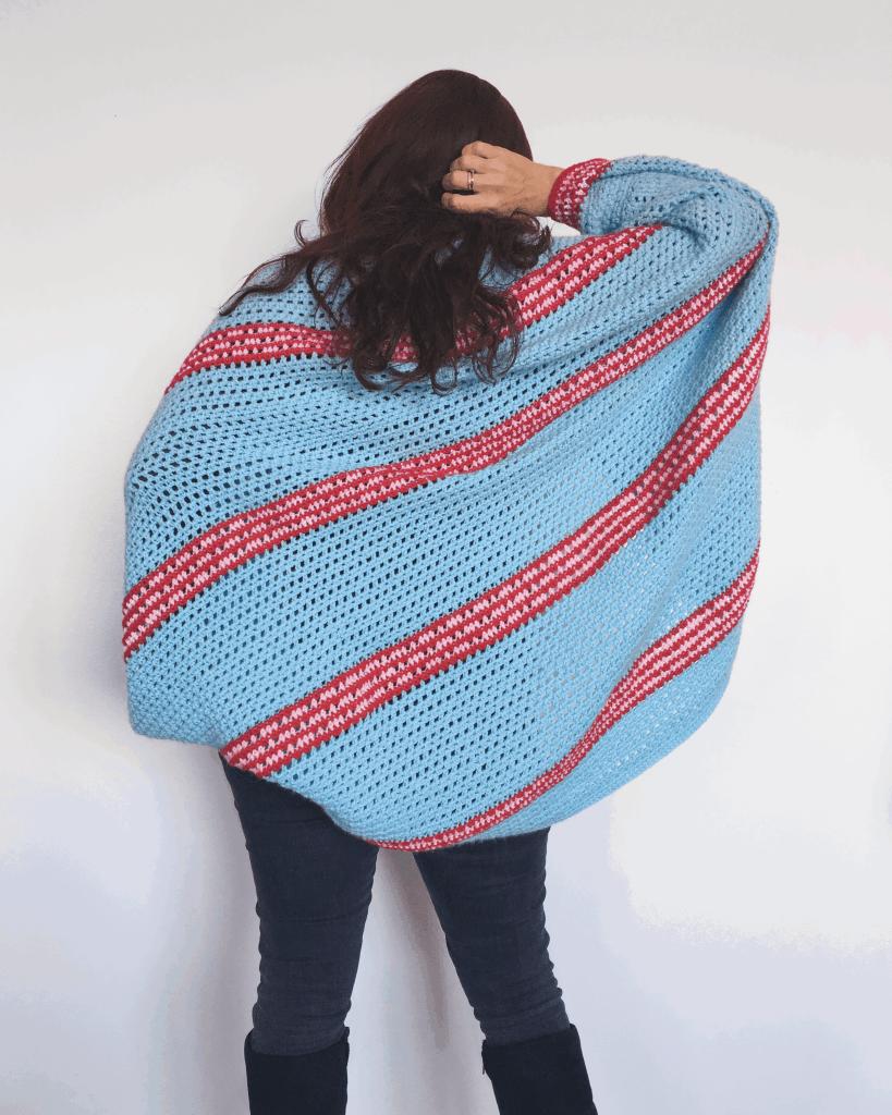 back view of stripy crochet shrug