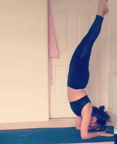 yoga pose forearm balance