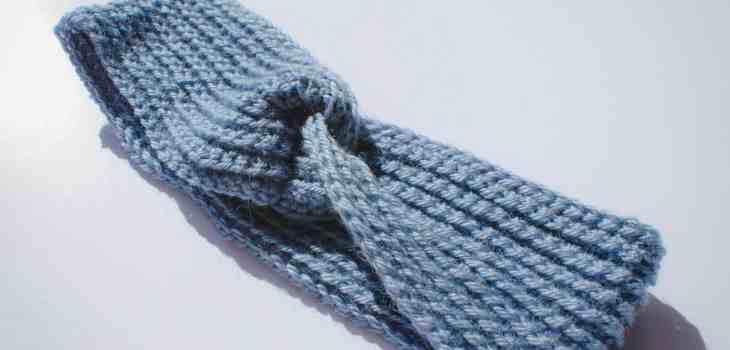 Twisted crochet headband turban style