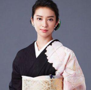 武井咲,衣装,黒革の手帖,着物,お腹,赤ちゃん,大丈夫