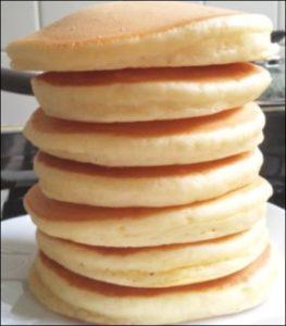 低糖質ダイエットのおやつ おすすめの手作りレシピの大豆粉ホットケーキ