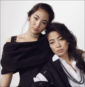 内田裕也の娘の内田也哉子とその娘の内田伽羅の画像