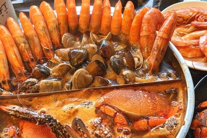 台北火鍋吃到飽   台北公司聚餐吃到飽【嗨蝦蝦光復店】日本料理 生蠔螃蟹和牛 啤酒 新鮮食材多到吃不完一輪