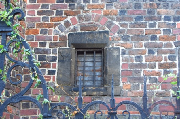 Old window in Wrocław 3