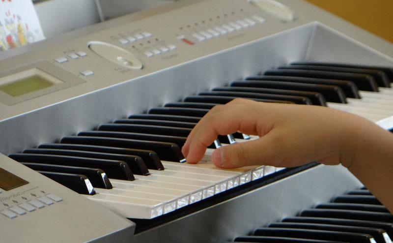 幼児 クラス レッスン 風景 山田音楽教室 ピアノ 習い事 久留米 駐車場 完備