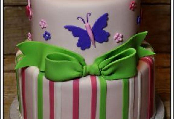 Maine Wedding Cakes Birthday All Occasion Dorenes Cakes