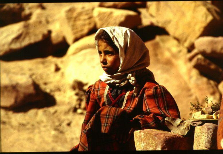 Kind in Petra, Jordanien