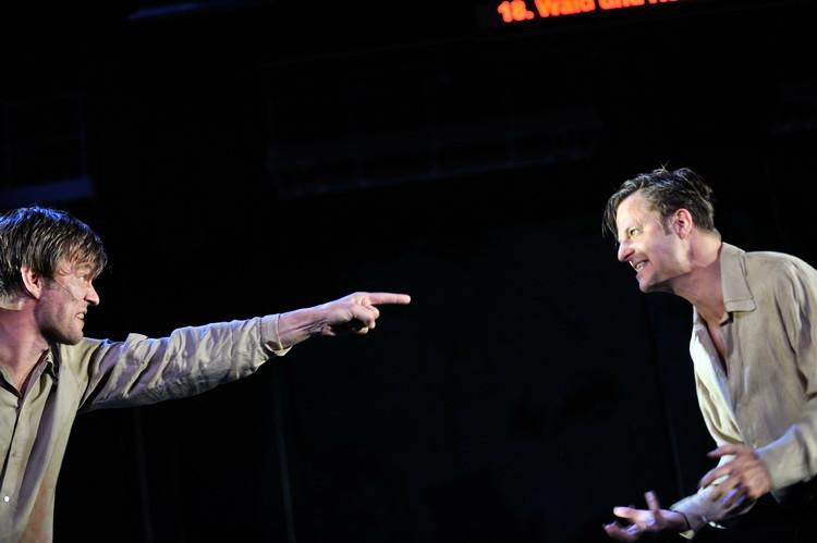 Faust 2011: Sebastian Rudolph, Philipp Hochmair © Arno Declair