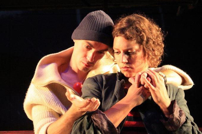 Max Pfnür (Matto), Katharina Pizzera (Gelsomina)