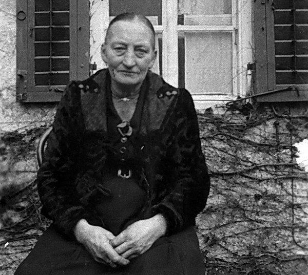 Franziska Scharl, Vierthalerin