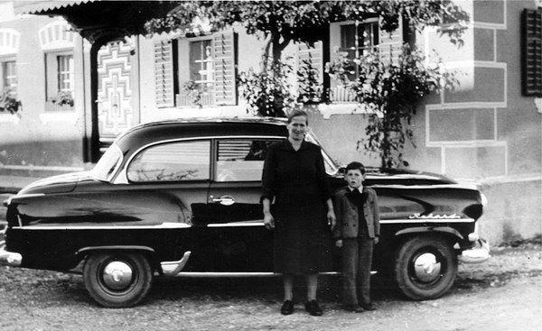 Maria und Sohn Peter. 1958