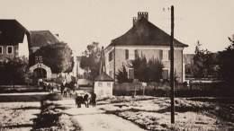 Lamprechtshausen. Die Straße von Bürmoos kommend in Richtung Stadlerberg. Foto: Archiv Alois Fuchs Bürmoos