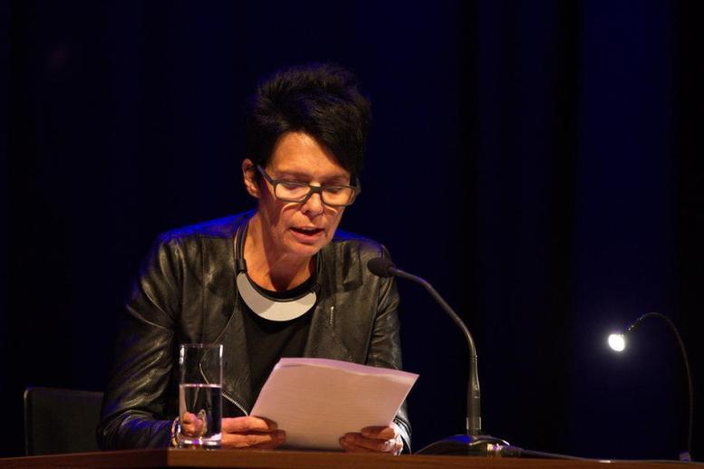 """""""Einscheunen"""" im K.U.L.T. in Hof   LiteraturLobbyLand   Monika Pichler - Kranich"""