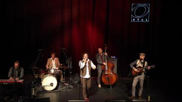 Jimmy Schlager und Band: a bissl komisch