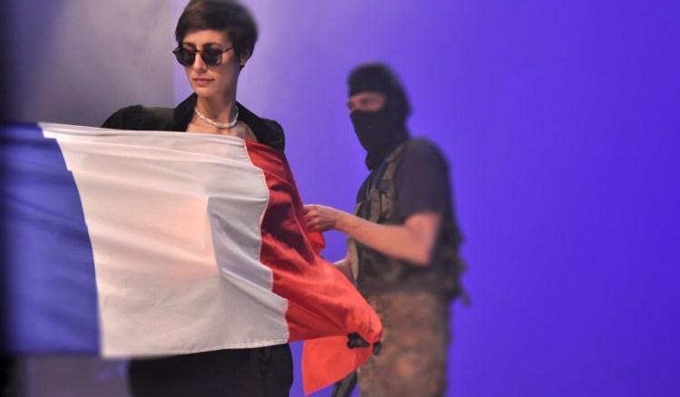 """""""Vive l'Armée"""" - Frankreich im Jahre 2020"""