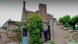 Ken Follett am Hatfield House in Hertfordshire, © Olivier Favre