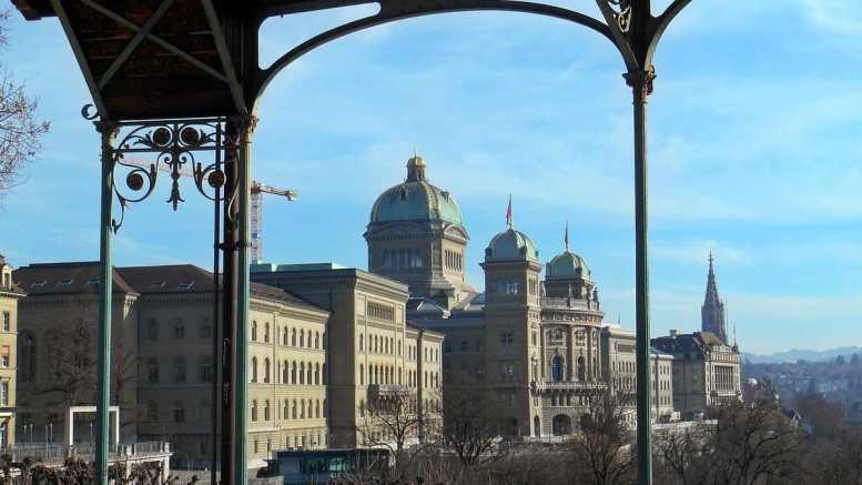 Bundeshaus in Bern , Sitz der Schweizer Regierung