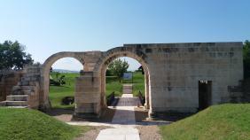 Poarta de sud a castrului roman