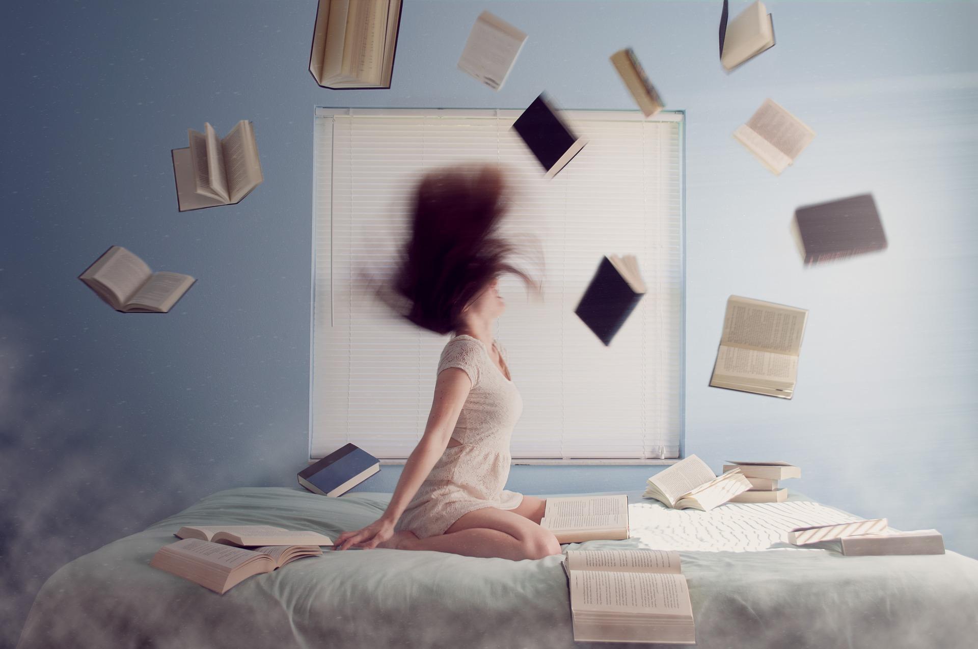 勉強に悩んでいる女性