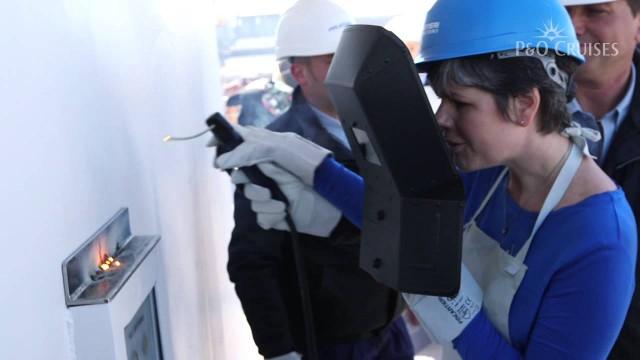 Ship Construction: building of the cruise ship Britannia