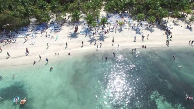 Roatan, one of three islands off the mainland – drone film