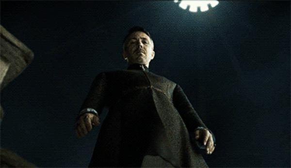Game of Thrones - Season 4 Episode 7 - Littlefinger
