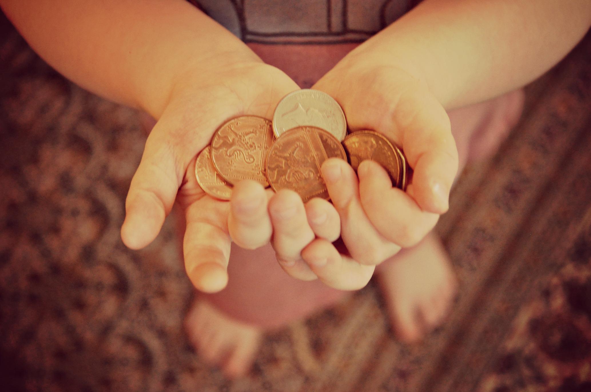 Counting Pennies For Piggybankkids Dorkymum