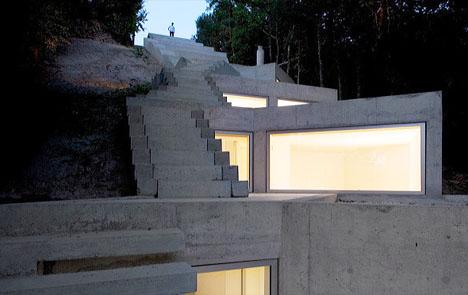 Stepped Modern House On A Slope Designs Amp Ideas On Dornob