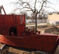 Húsvétra elkészül a dorogi játszópark