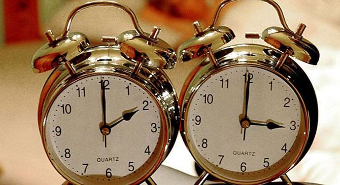 Óraállítás: egy órával kevesebbet alhatunk