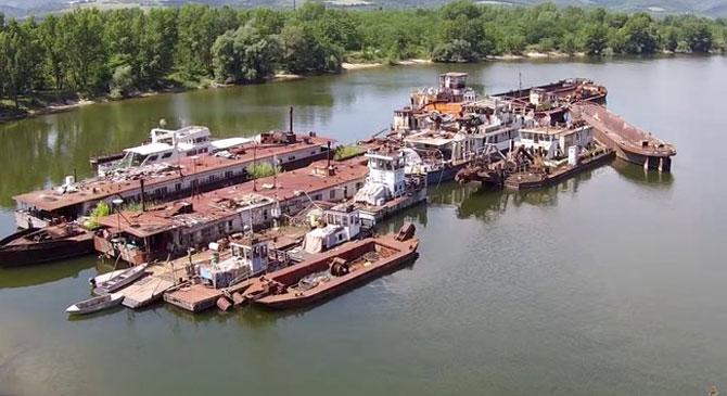 100 milliós hajóroncsok hevernek Pilismaróton
